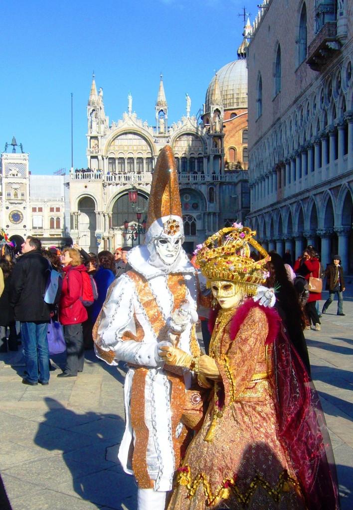 velencei karnevál - jelmezek