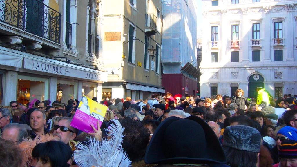velencei karnevál - tömeg